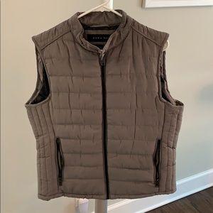 Men's large Zara vest